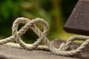 https://pixabay.com/photos/rope-knitting-heart-love-together-1469244/